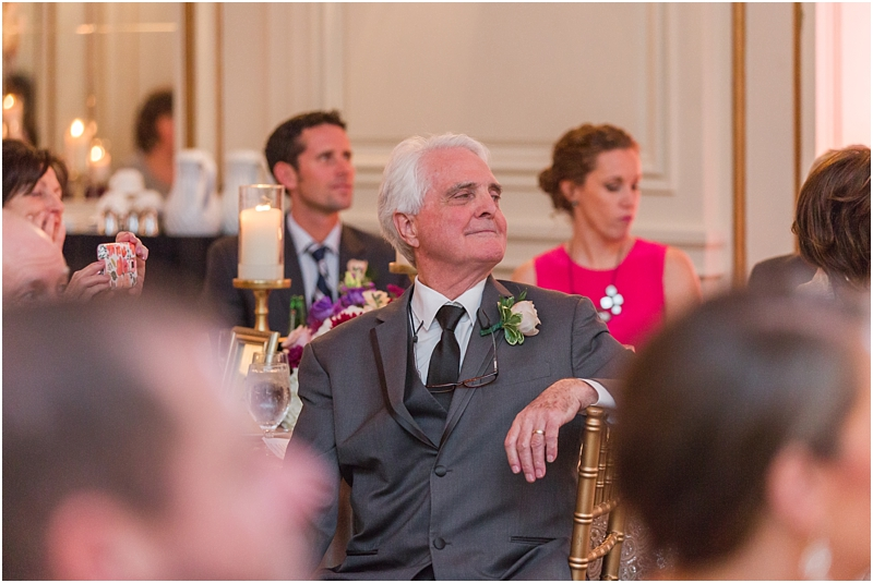elegant-classic-wedding-photos-in-detroit-mi-at-the-colony-club-detroit-institute-of-arts-the-most-blessed-sacrament-by-courtney-carolyn-photography_0126.jpg