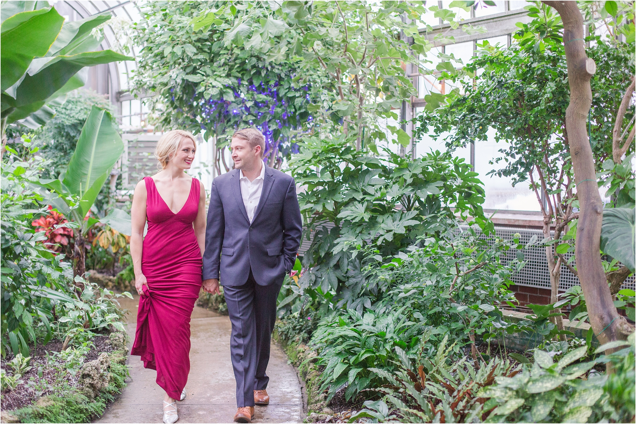elegant-classic-belle-isle-conservatory-engagement-photos-in-detroit-mi-by-courtney-carolyn-photography_0001.jpg