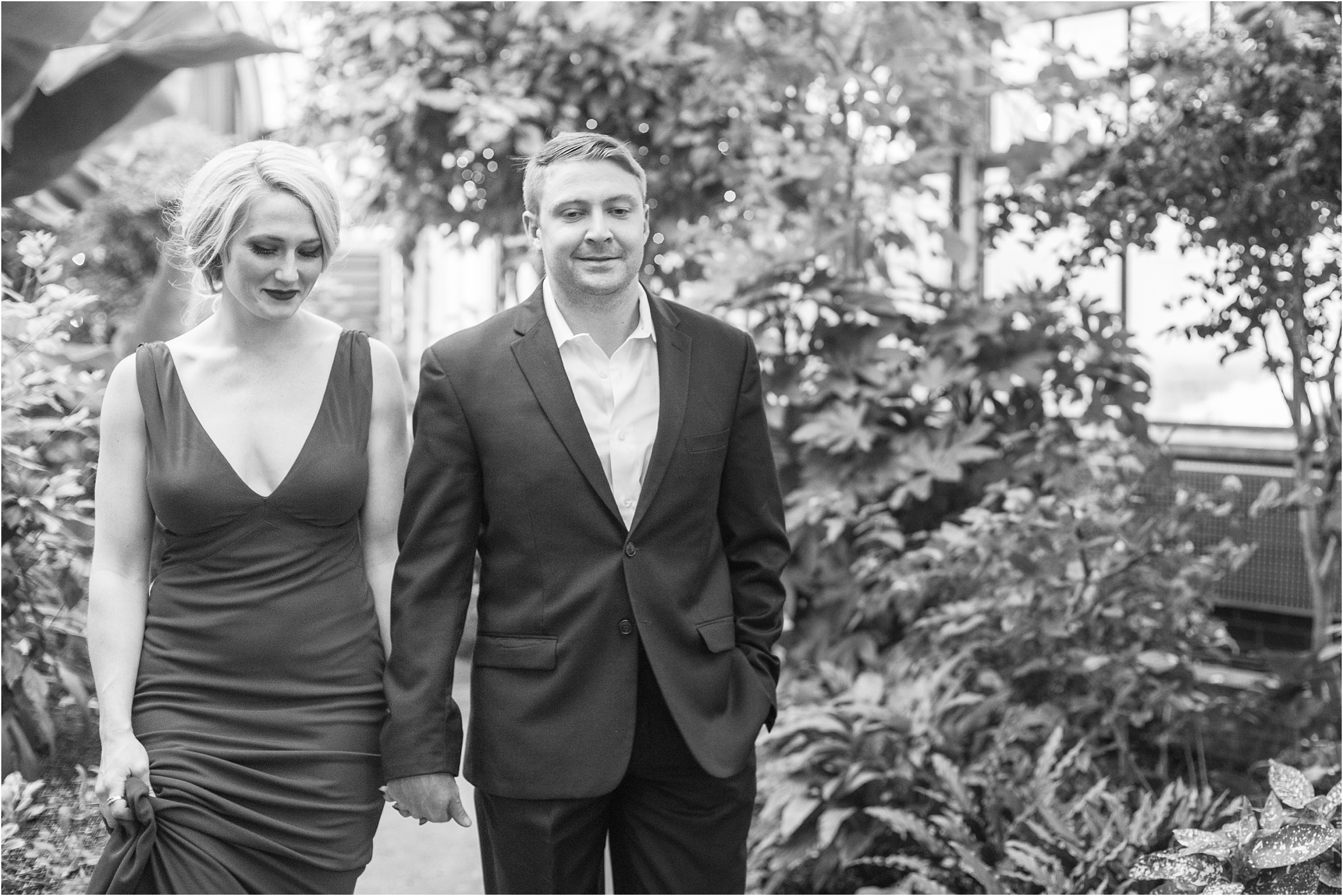 elegant-classic-belle-isle-conservatory-engagement-photos-in-detroit-mi-by-courtney-carolyn-photography_0016.jpg