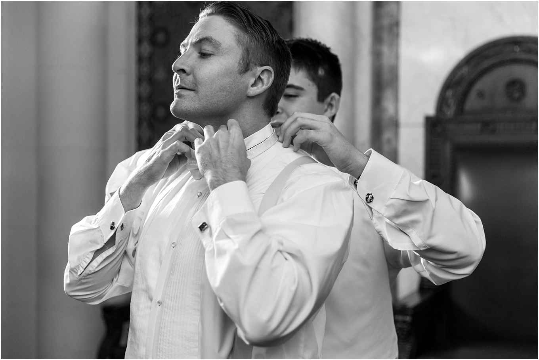elegant-classic-fairytale-wedding-photos-in-detroit-mi-at-the-masonic-temple-by-courtney-carolyn-photography_0011.jpg