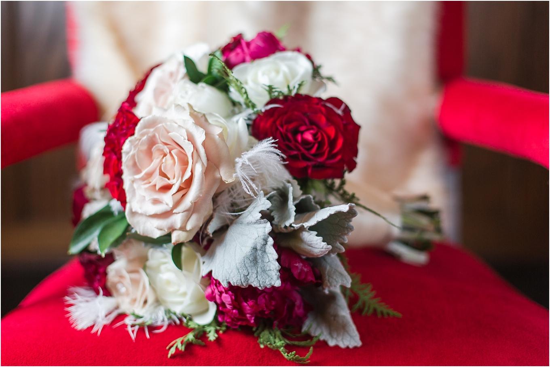elegant-classic-fairytale-wedding-photos-in-detroit-mi-at-the-masonic-temple-by-courtney-carolyn-photography_0015.jpg