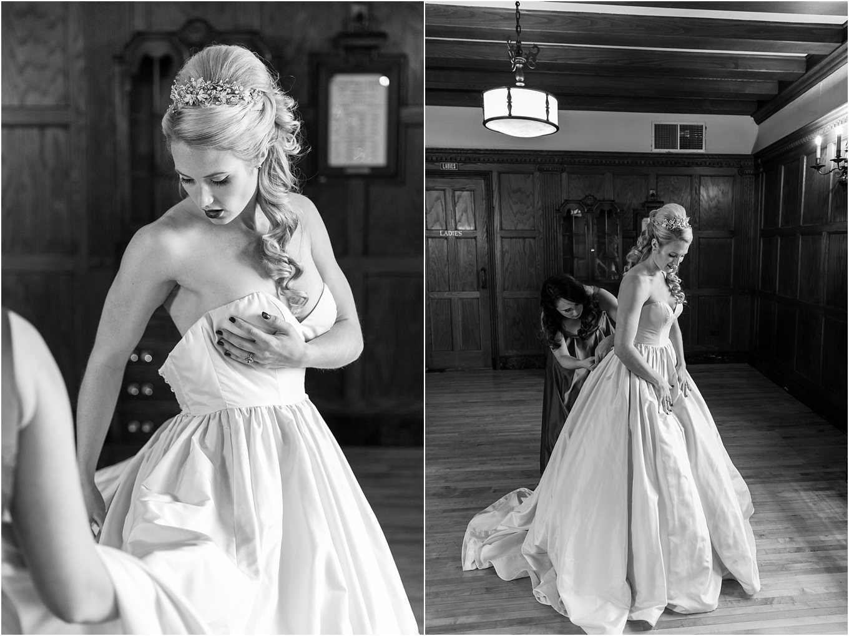 elegant-classic-fairytale-wedding-photos-in-detroit-mi-at-the-masonic-temple-by-courtney-carolyn-photography_0020.jpg