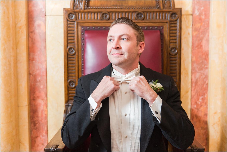 elegant-classic-fairytale-wedding-photos-in-detroit-mi-at-the-masonic-temple-by-courtney-carolyn-photography_0031.jpg