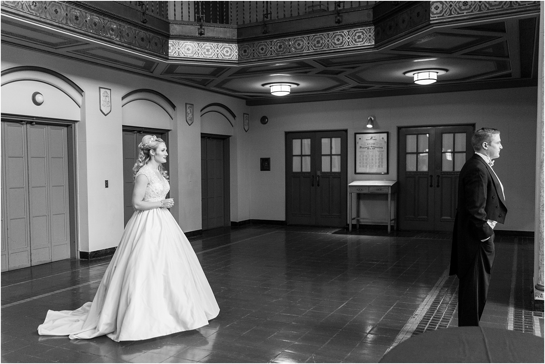 elegant-classic-fairytale-wedding-photos-in-detroit-mi-at-the-masonic-temple-by-courtney-carolyn-photography_0038.jpg