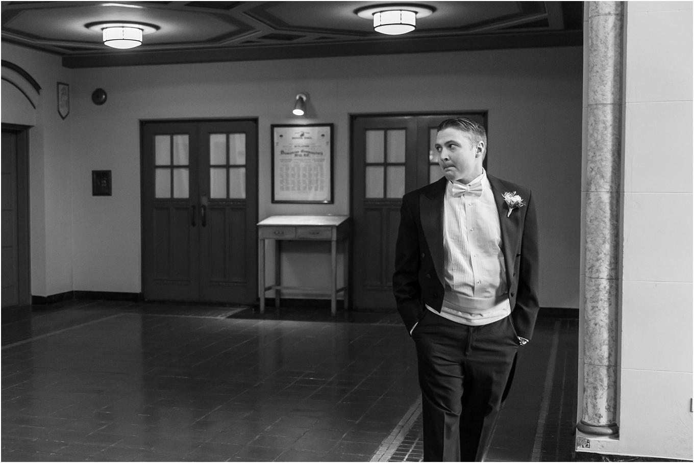 elegant-classic-fairytale-wedding-photos-in-detroit-mi-at-the-masonic-temple-by-courtney-carolyn-photography_0039.jpg