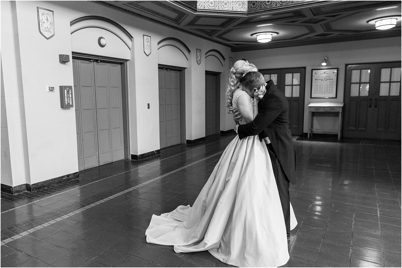 elegant-classic-fairytale-wedding-photos-in-detroit-mi-at-the-masonic-temple-by-courtney-carolyn-photography_0045.jpg