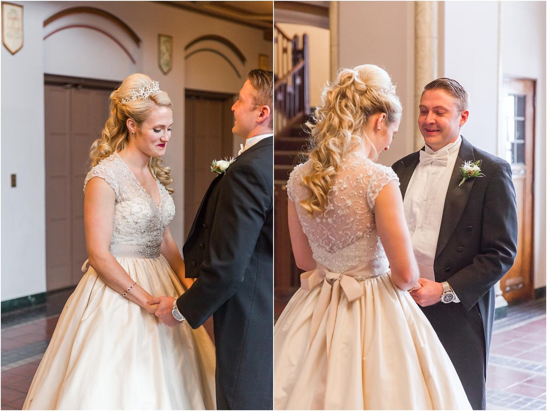 elegant-classic-fairytale-wedding-photos-in-detroit-mi-at-the-masonic-temple-by-courtney-carolyn-photography_0046.jpg
