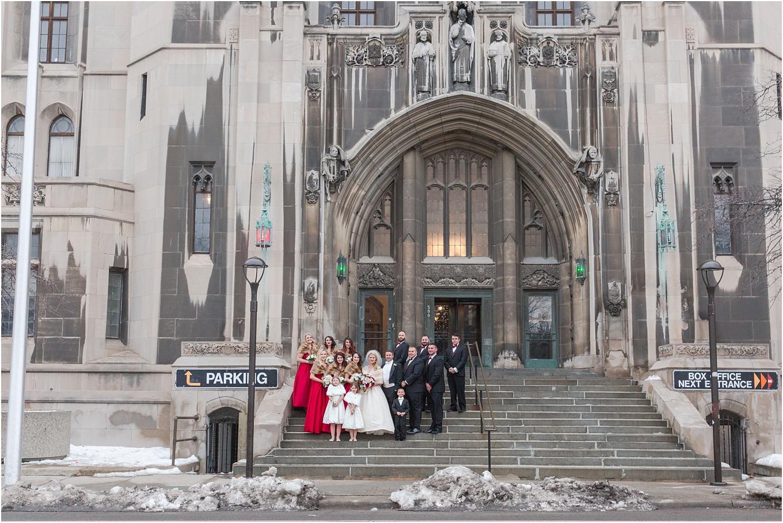 elegant-classic-fairytale-wedding-photos-in-detroit-mi-at-the-masonic-temple-by-courtney-carolyn-photography_0056.jpg