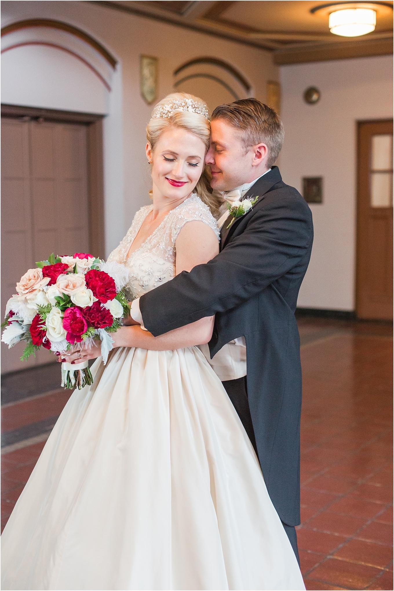 elegant-classic-fairytale-wedding-photos-in-detroit-mi-at-the-masonic-temple-by-courtney-carolyn-photography_0058.jpg