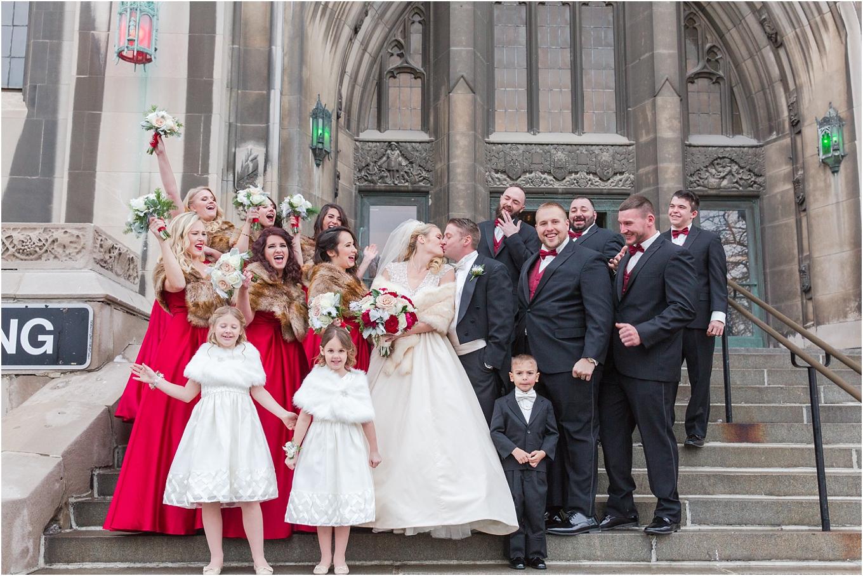 elegant-classic-fairytale-wedding-photos-in-detroit-mi-at-the-masonic-temple-by-courtney-carolyn-photography_0072.jpg