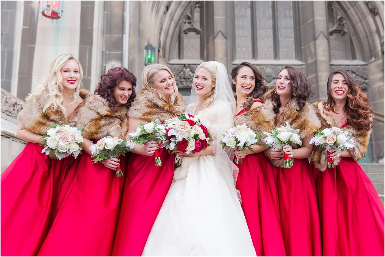 elegant-classic-fairytale-wedding-photos-in-detroit-mi-at-the-masonic-temple-by-courtney-carolyn-photography_0078.jpg