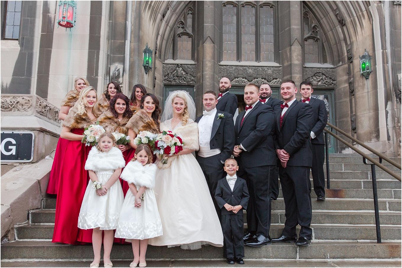 elegant-classic-fairytale-wedding-photos-in-detroit-mi-at-the-masonic-temple-by-courtney-carolyn-photography_0084.jpg