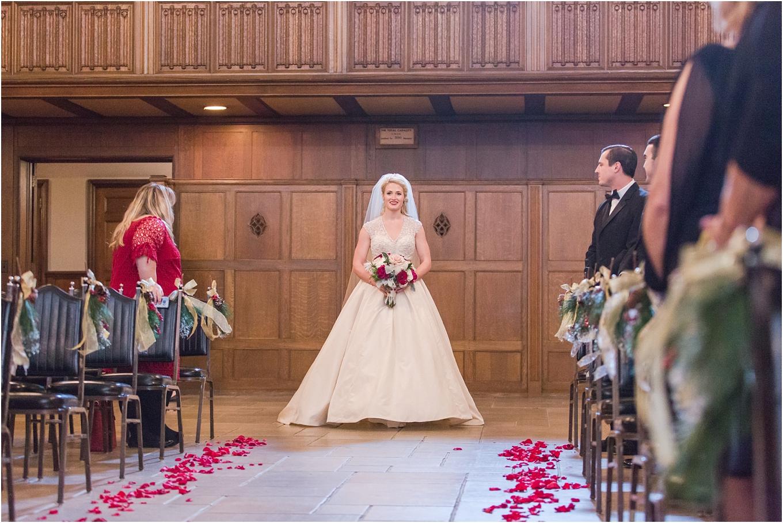 elegant-classic-fairytale-wedding-photos-in-detroit-mi-at-the-masonic-temple-by-courtney-carolyn-photography_0093.jpg