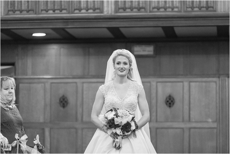 elegant-classic-fairytale-wedding-photos-in-detroit-mi-at-the-masonic-temple-by-courtney-carolyn-photography_0096.jpg