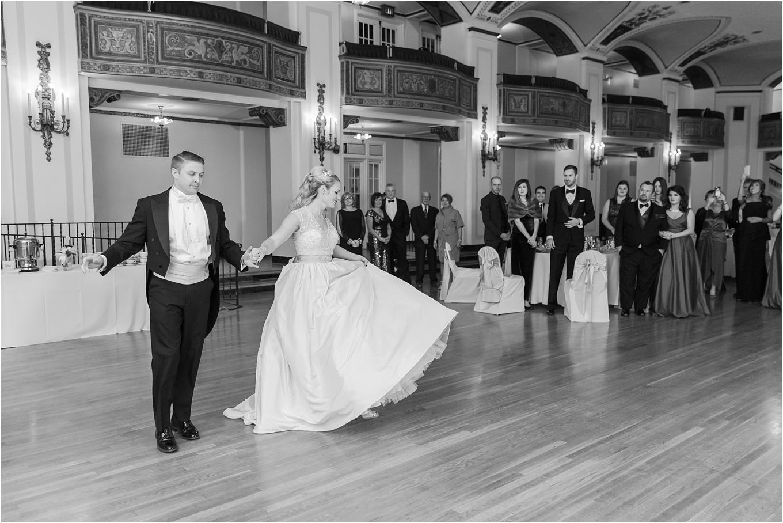 elegant-classic-fairytale-wedding-photos-in-detroit-mi-at-the-masonic-temple-by-courtney-carolyn-photography_0120.jpg
