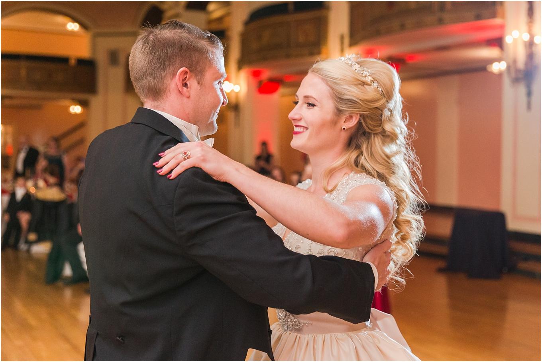 elegant-classic-fairytale-wedding-photos-in-detroit-mi-at-the-masonic-temple-by-courtney-carolyn-photography_0121.jpg