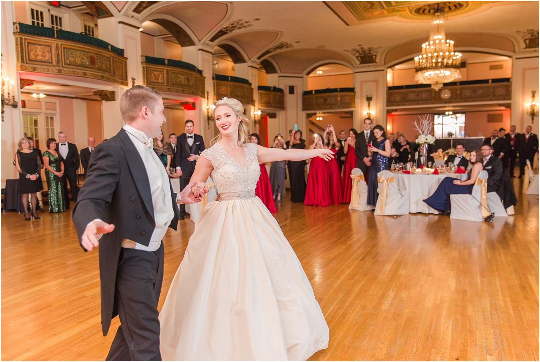 elegant-classic-fairytale-wedding-photos-in-detroit-mi-at-the-masonic-temple-by-courtney-carolyn-photography_0126.jpg