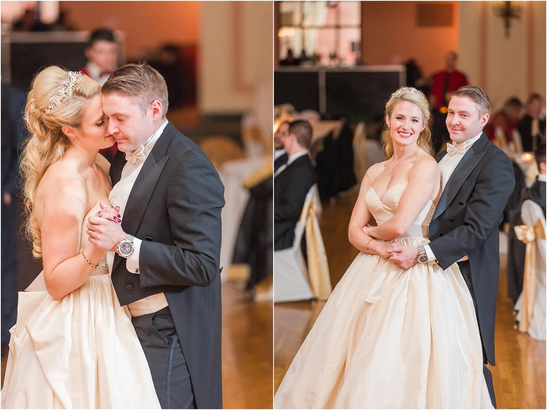 elegant-classic-fairytale-wedding-photos-in-detroit-mi-at-the-masonic-temple-by-courtney-carolyn-photography_0144.jpg