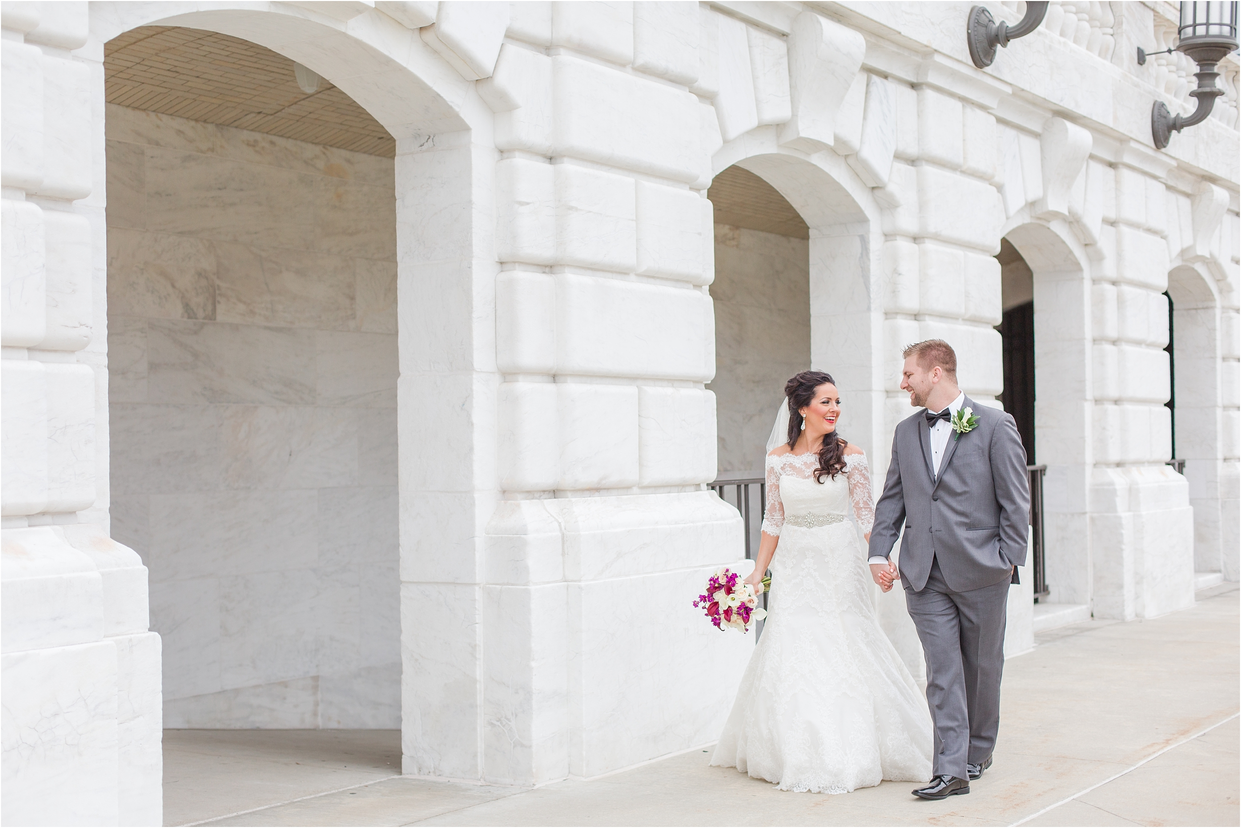 best-of-2016-wedding-photos-with-courtney-carolyn-photography-romantic-timeless-candid-wedding-photographer-in-detroit-mi_0107.jpg