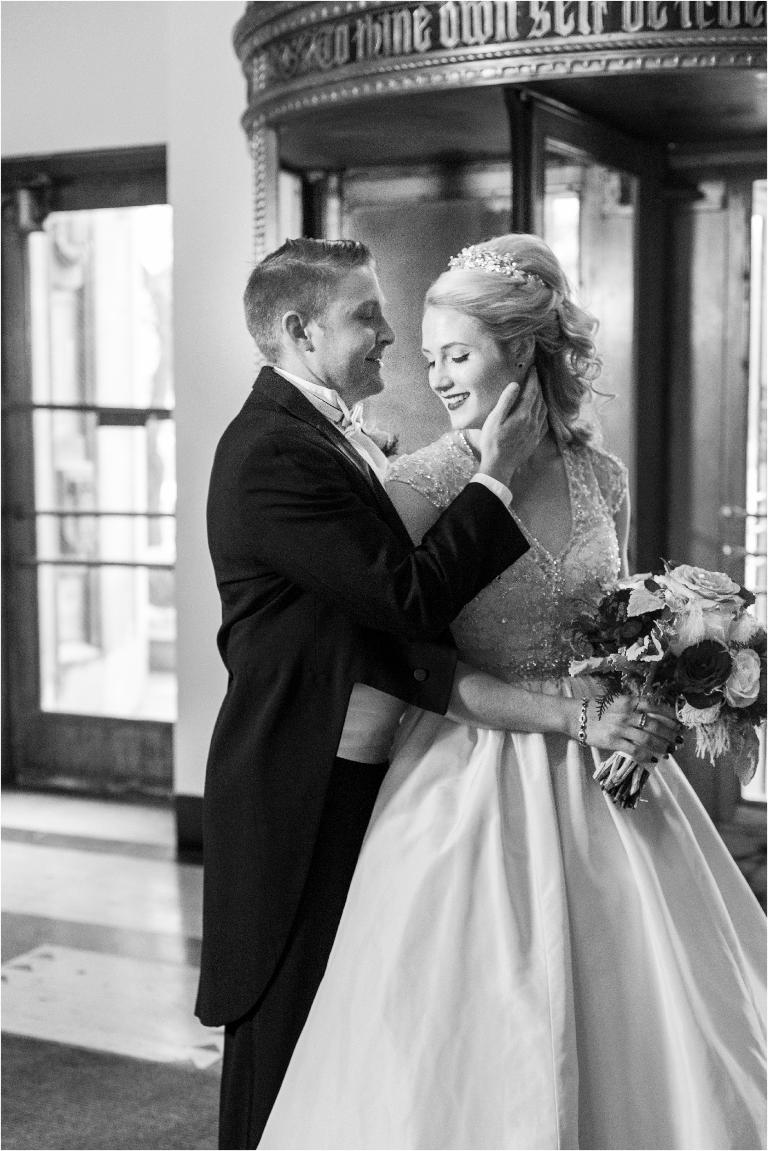 best-of-2016-wedding-photos-with-courtney-carolyn-photography-romantic-timeless-candid-wedding-photographer-in-detroit-mi_0168.jpg