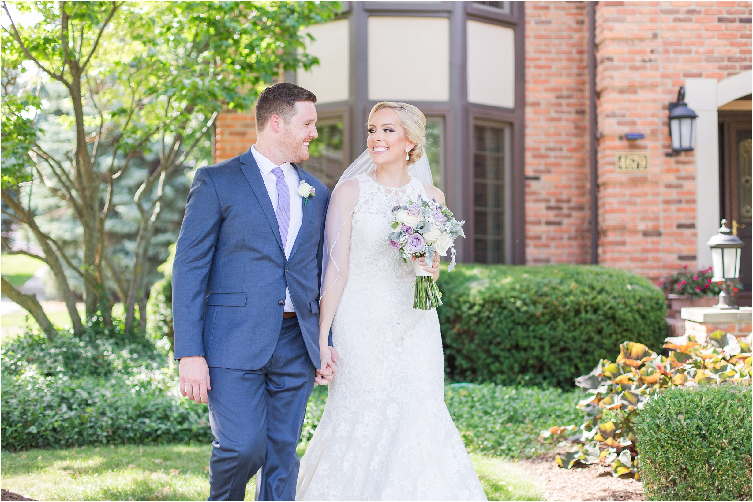 best-of-2016-wedding-photos-with-courtney-carolyn-photography-romantic-timeless-candid-wedding-photographer-in-detroit-mi_0060.jpg