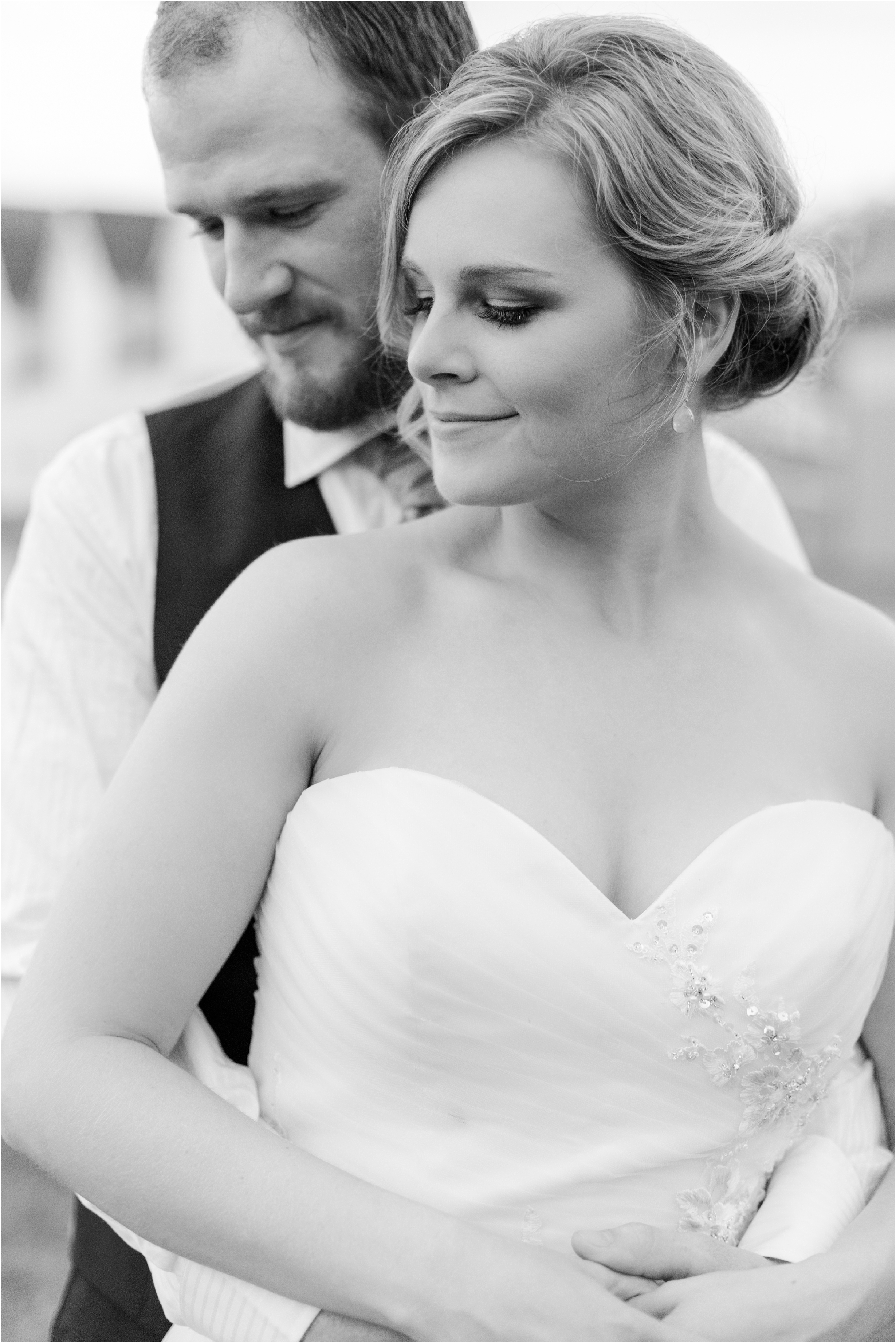 best-of-2016-wedding-photos-with-courtney-carolyn-photography-romantic-timeless-candid-wedding-photographer-in-detroit-mi_0163.jpg