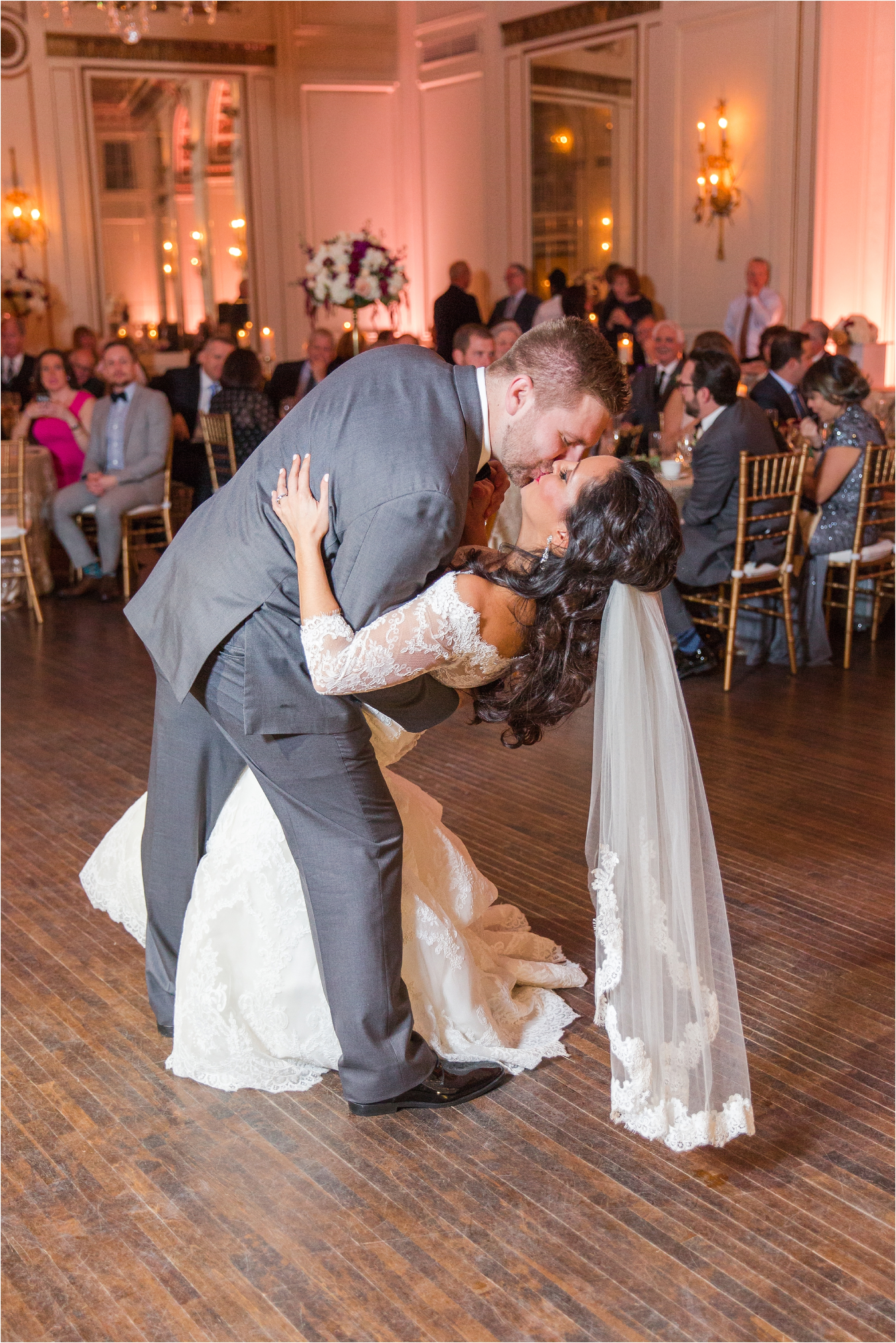 best-of-2016-wedding-photos-with-courtney-carolyn-photography-romantic-timeless-candid-wedding-photographer-in-detroit-mi_0180.jpg
