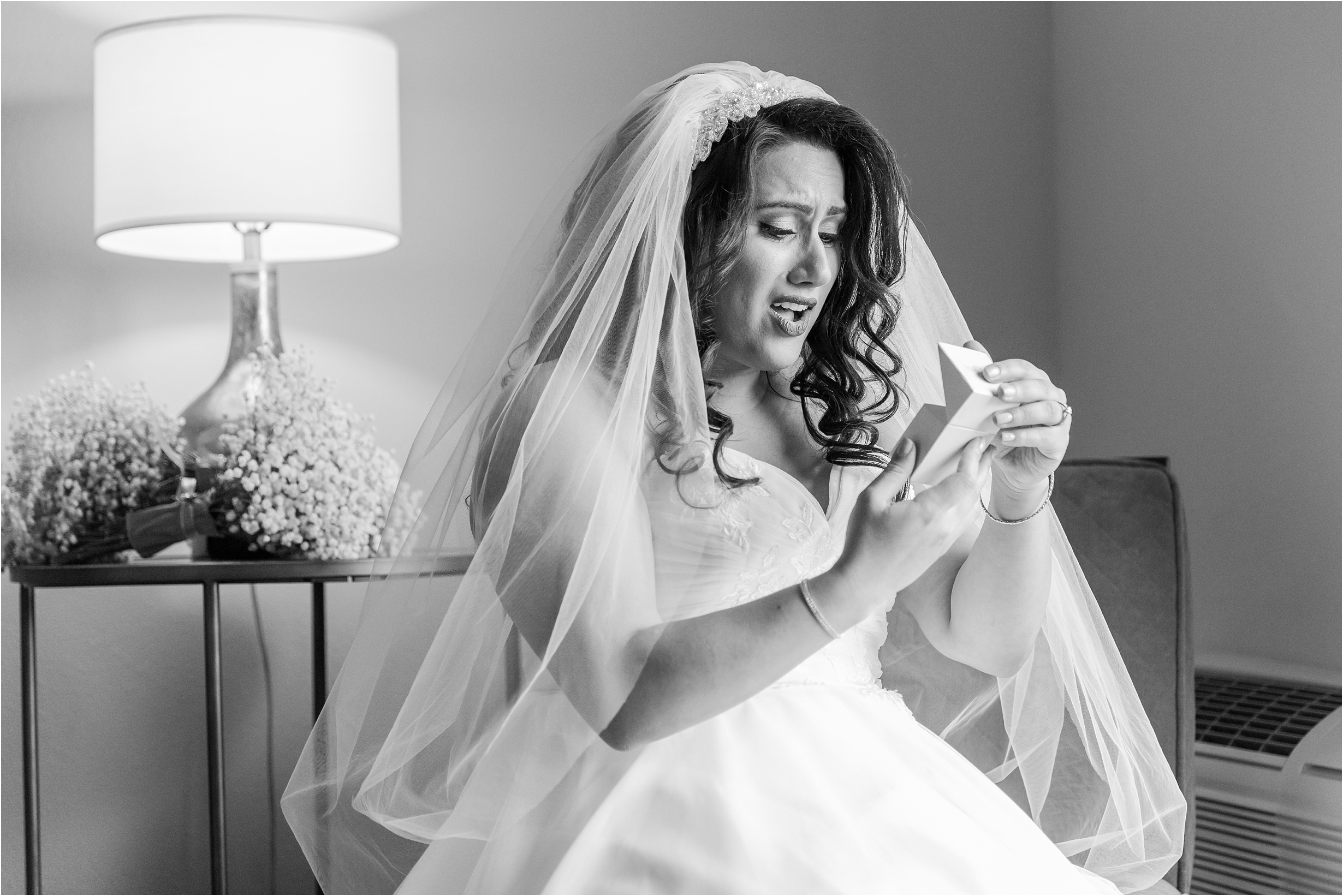 best-of-2016-wedding-photos-with-courtney-carolyn-photography-romantic-timeless-candid-wedding-photographer-in-detroit-mi_0083.jpg