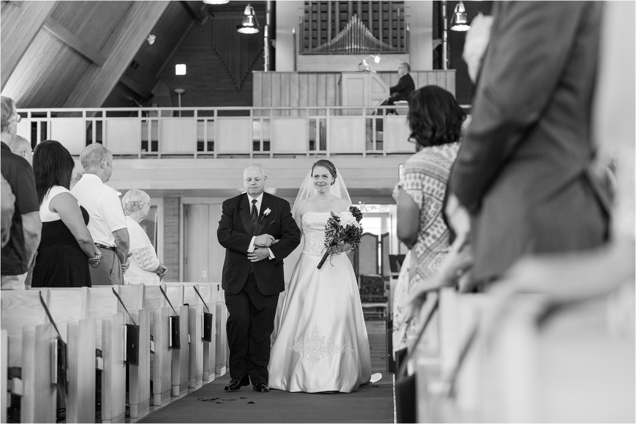 best-of-2016-wedding-photos-with-courtney-carolyn-photography-romantic-timeless-candid-wedding-photographer-in-detroit-mi_0124.jpg