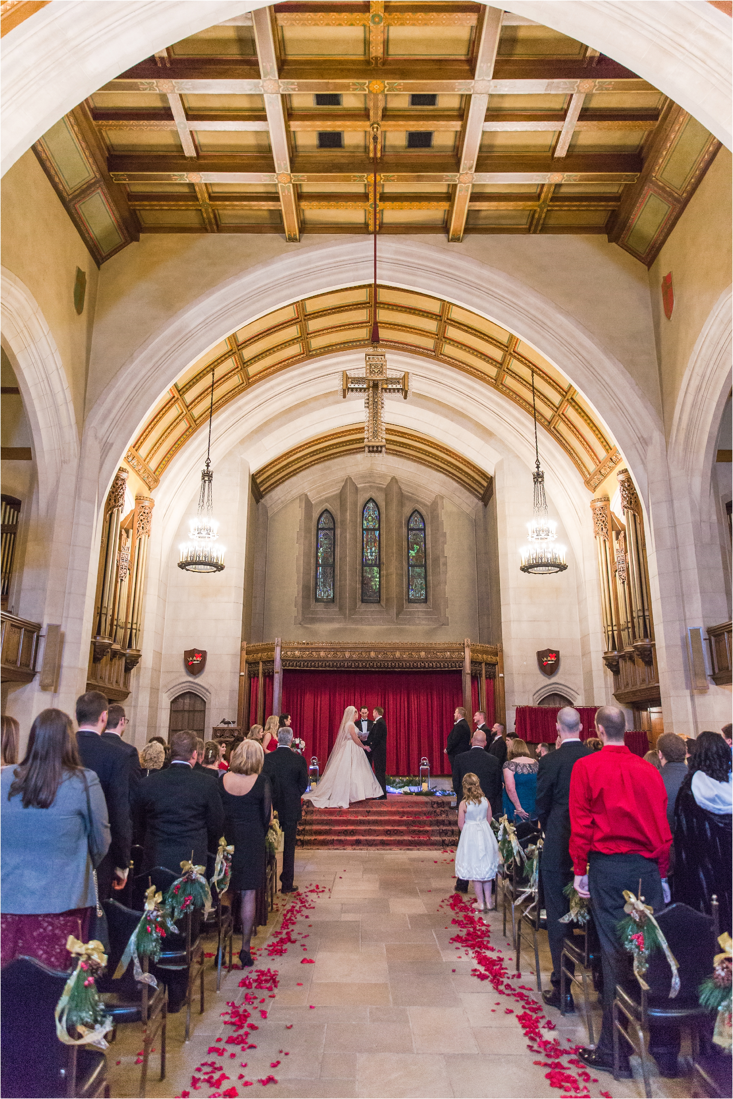 best-of-2016-wedding-photos-with-courtney-carolyn-photography-romantic-timeless-candid-wedding-photographer-in-detroit-mi_0169.jpg