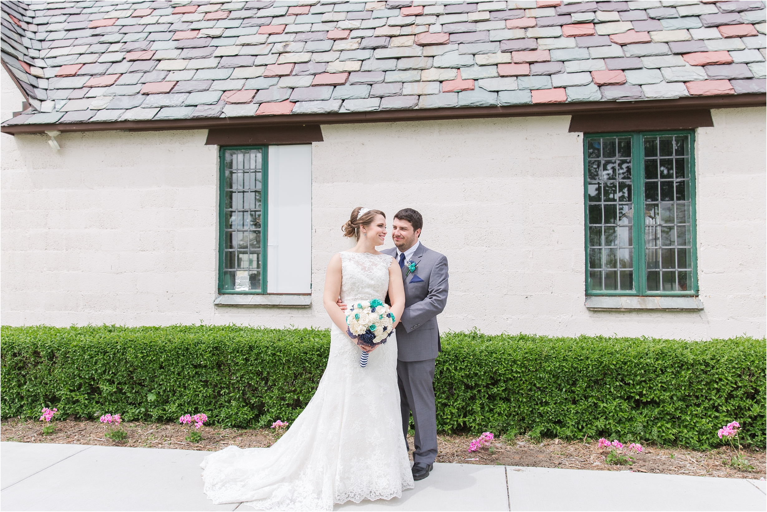 romantic-timeless-candid-wedding-photos-at-the-packard-proving-grounds-by-courtney-carolyn-photography_0004.jpg