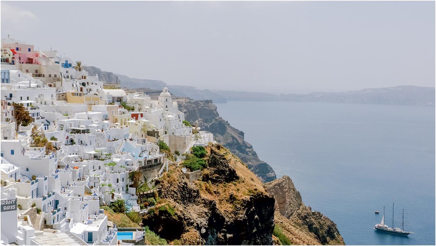 santorini-greece-wedding-photos-in-oia-destination-wedding-photographer-by-courtney-carolyn-photography_0007.jpg