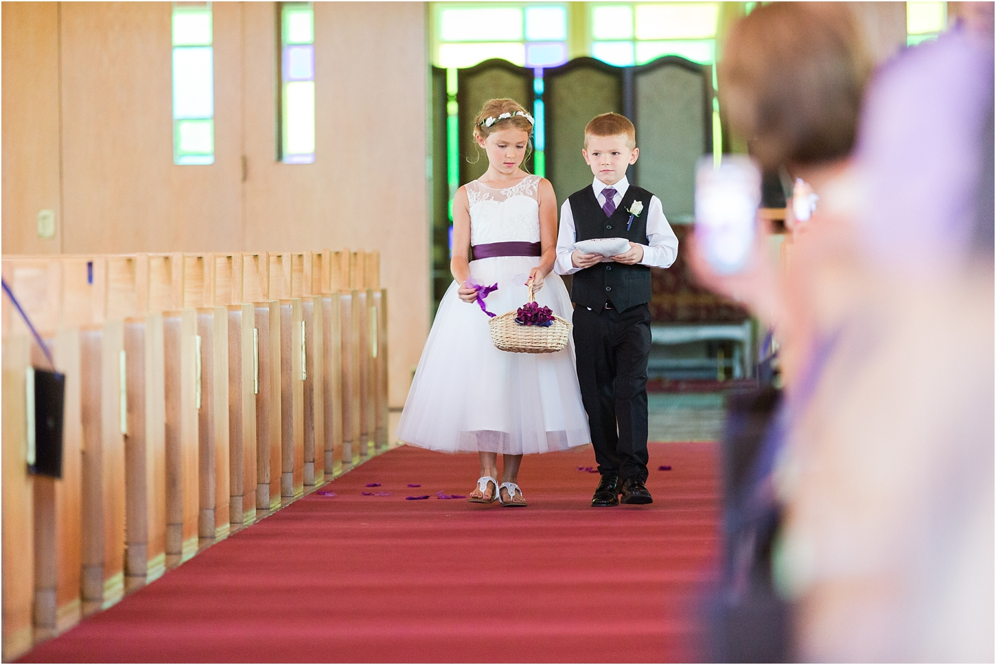 why-you-should-have-an-unplugged-wedding-by-courtney-carolyn-photography_0016.jpg