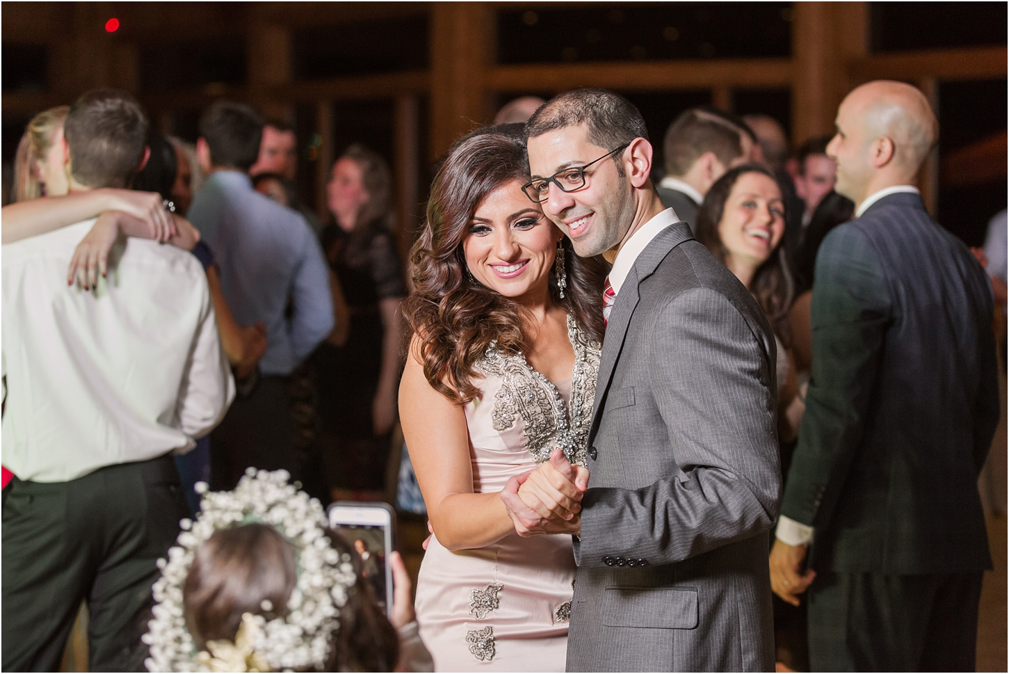 why-you-should-have-an-unplugged-wedding-by-courtney-carolyn-photography_0068.jpg