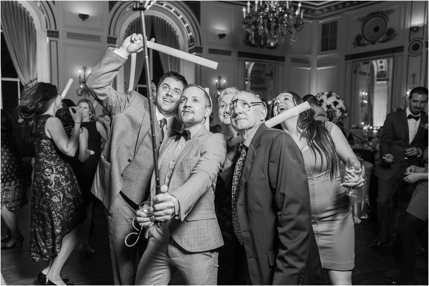 why-you-should-have-an-unplugged-wedding-by-courtney-carolyn-photography_0077.jpg