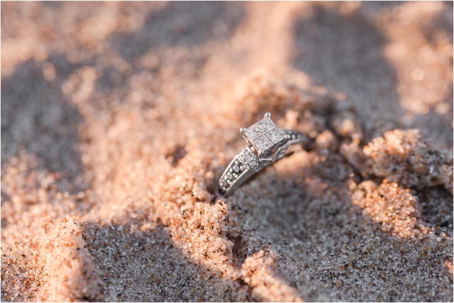romantic-sunset-beach-engagement-photos-at-silver-beach-in-saint-joseph-mi-by-courtney-carolyn-photography_0030.jpg