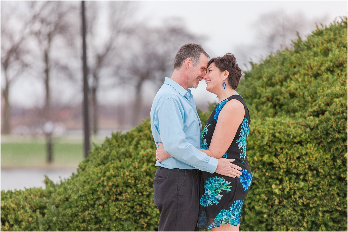 downtown-detroit-engagement-photos-on-belle-isle-by-courtney-carolyn-photography_0027.jpg