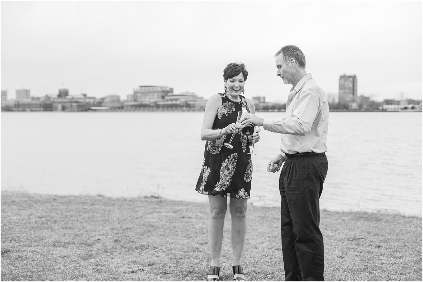 downtown-detroit-engagement-photos-on-belle-isle-by-courtney-carolyn-photography_0031.jpg