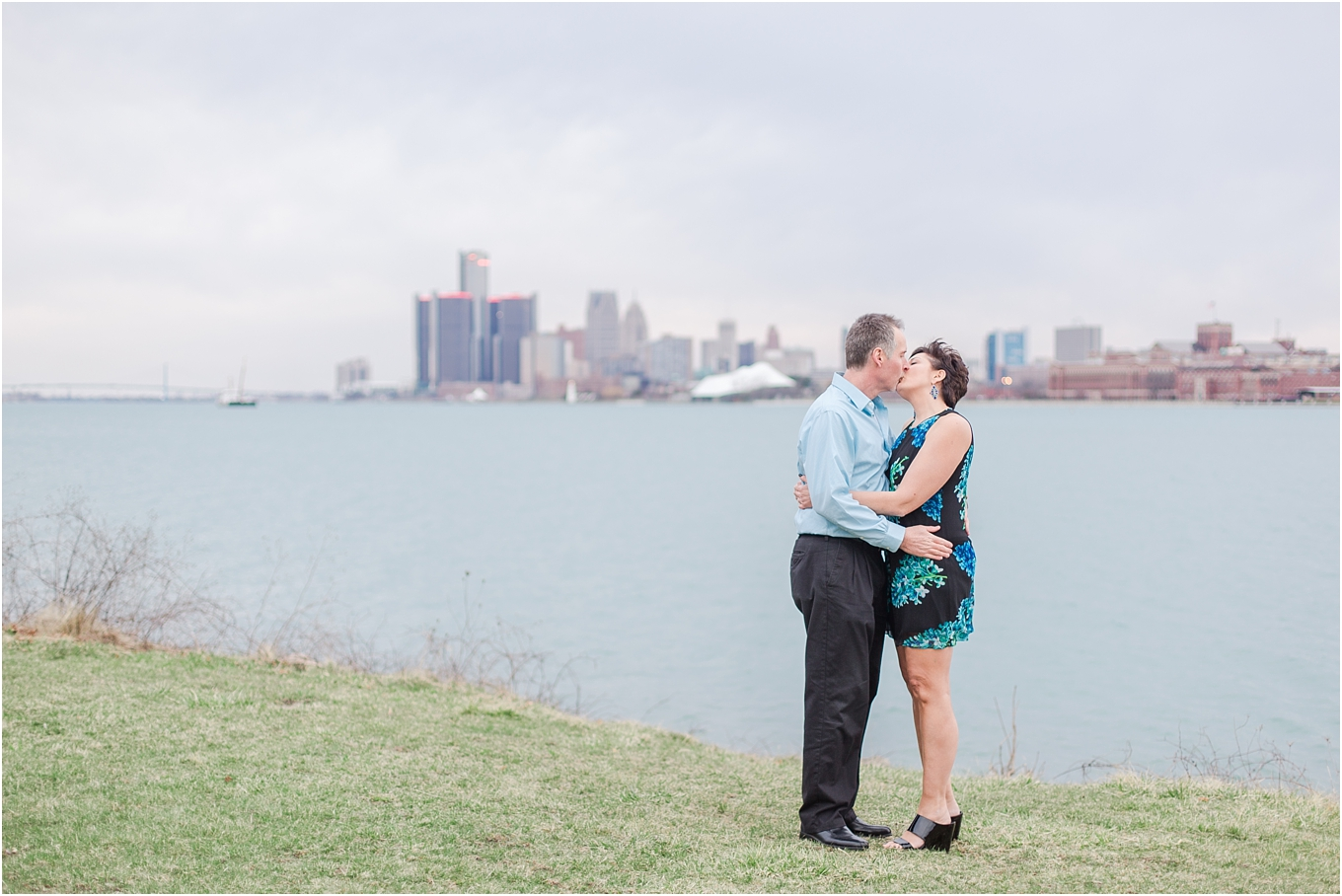 downtown-detroit-engagement-photos-on-belle-isle-by-courtney-carolyn-photography_0047.jpg