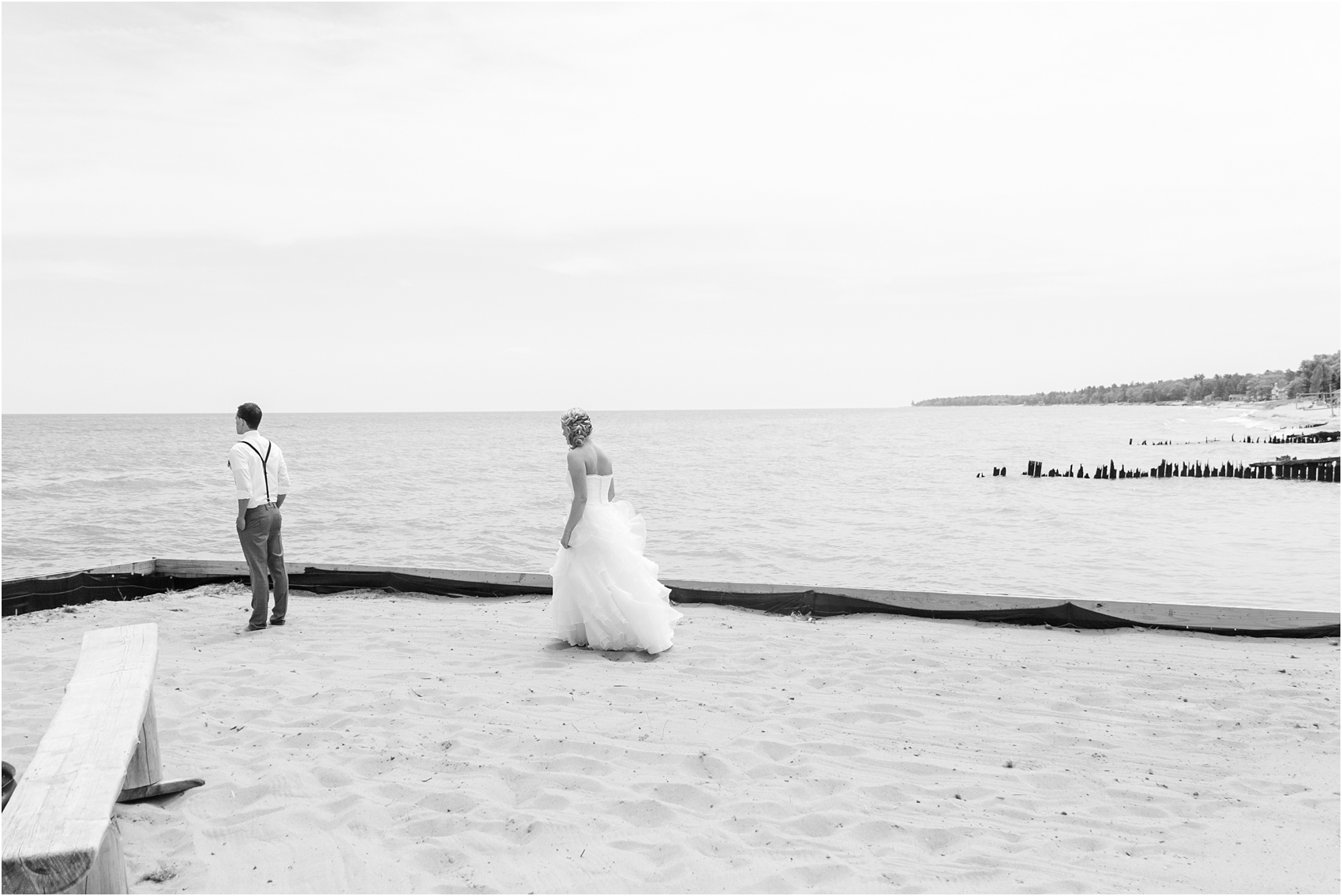 top-five-reasons-to-have-a-first-look-on-your-wedding-day-photos-by-courtney-carolyn-photography_0026.jpg
