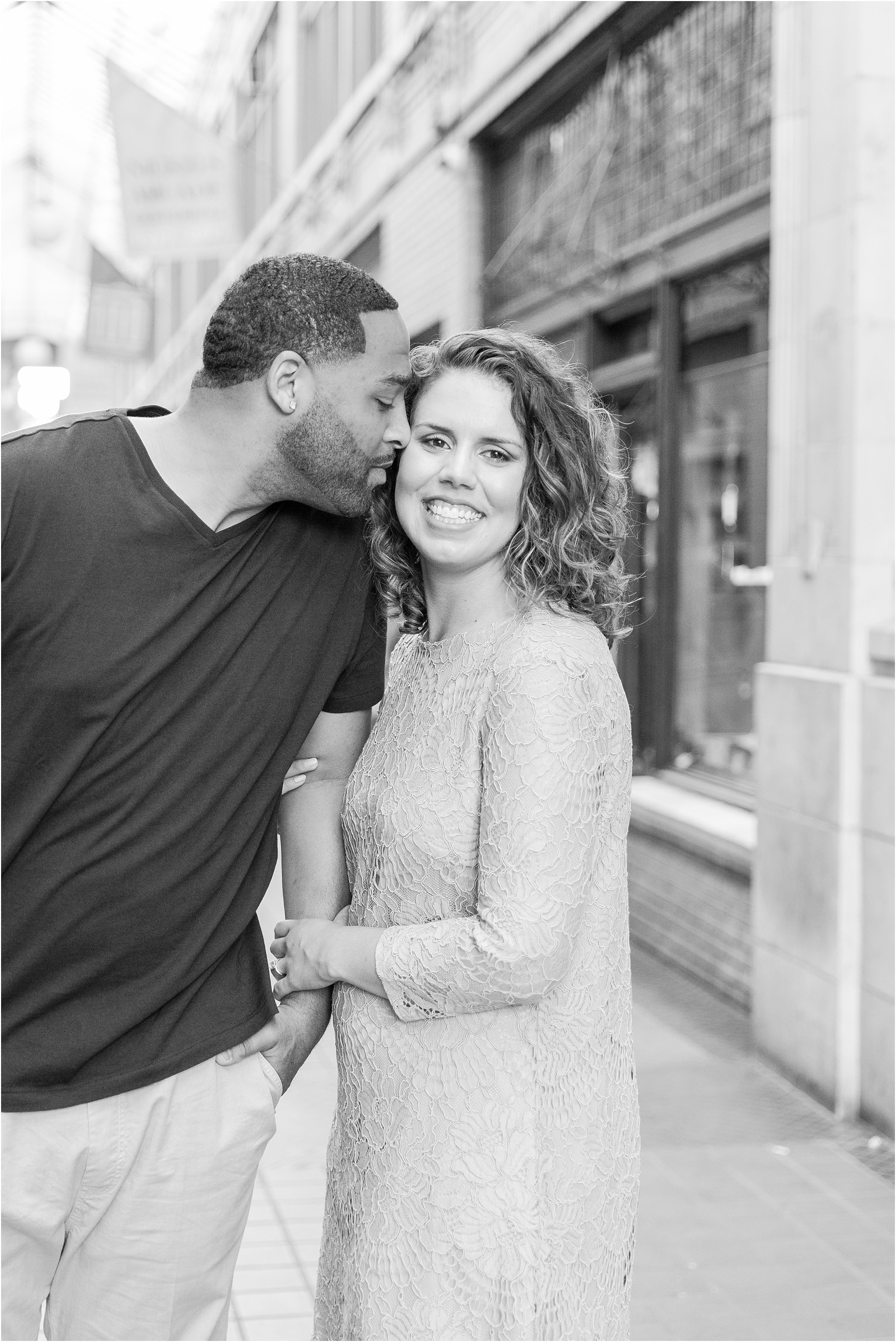romantic-fun-university-of-michigan-engagement-photos-in-ann-arbor-mi-by-courtney-carolyn-photography_0032.jpg