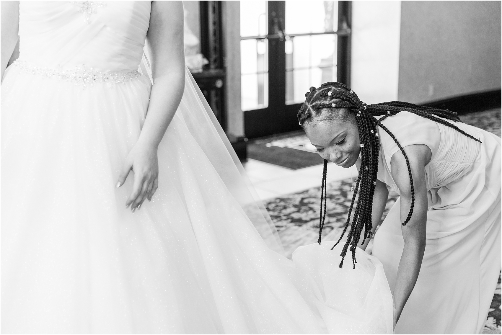 lord-of-the-rings-inspired-wedding-photos-at-crystal-gardens-in-howell-mi-by-courtney-carolyn-photography_0009.jpg