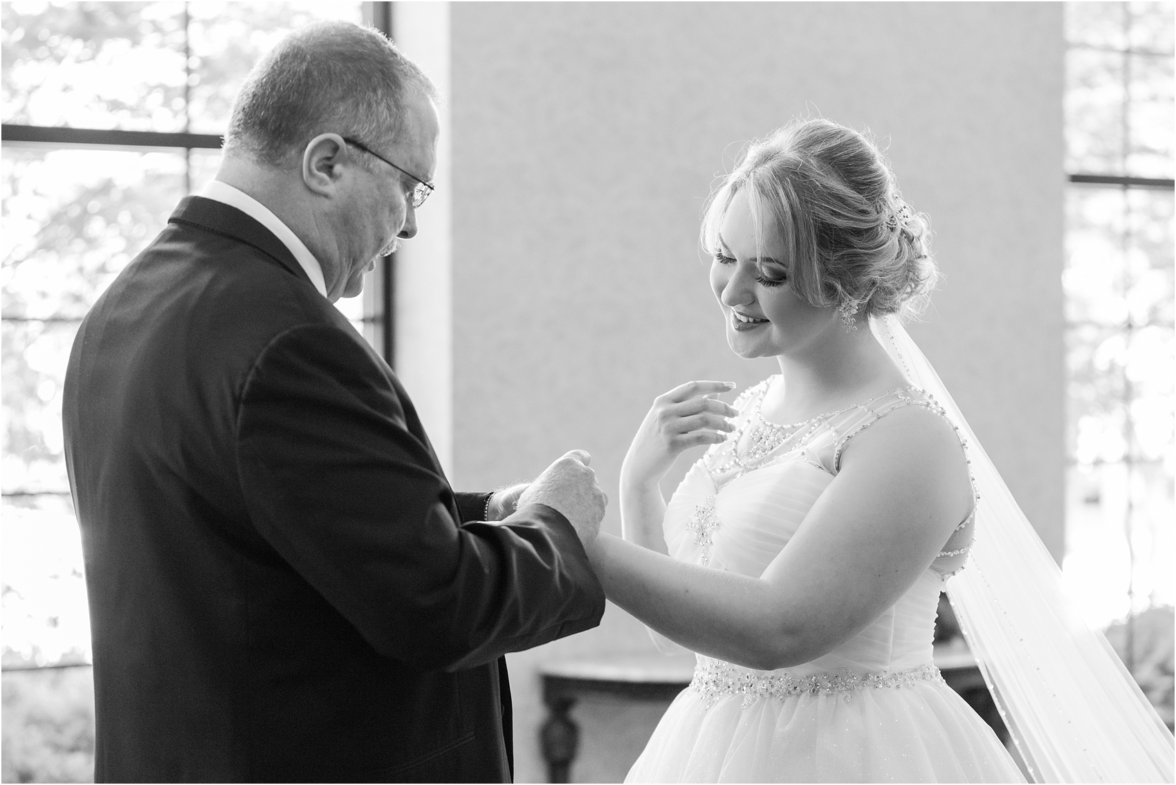 lord-of-the-rings-inspired-wedding-photos-at-crystal-gardens-in-howell-mi-by-courtney-carolyn-photography_0020.jpg