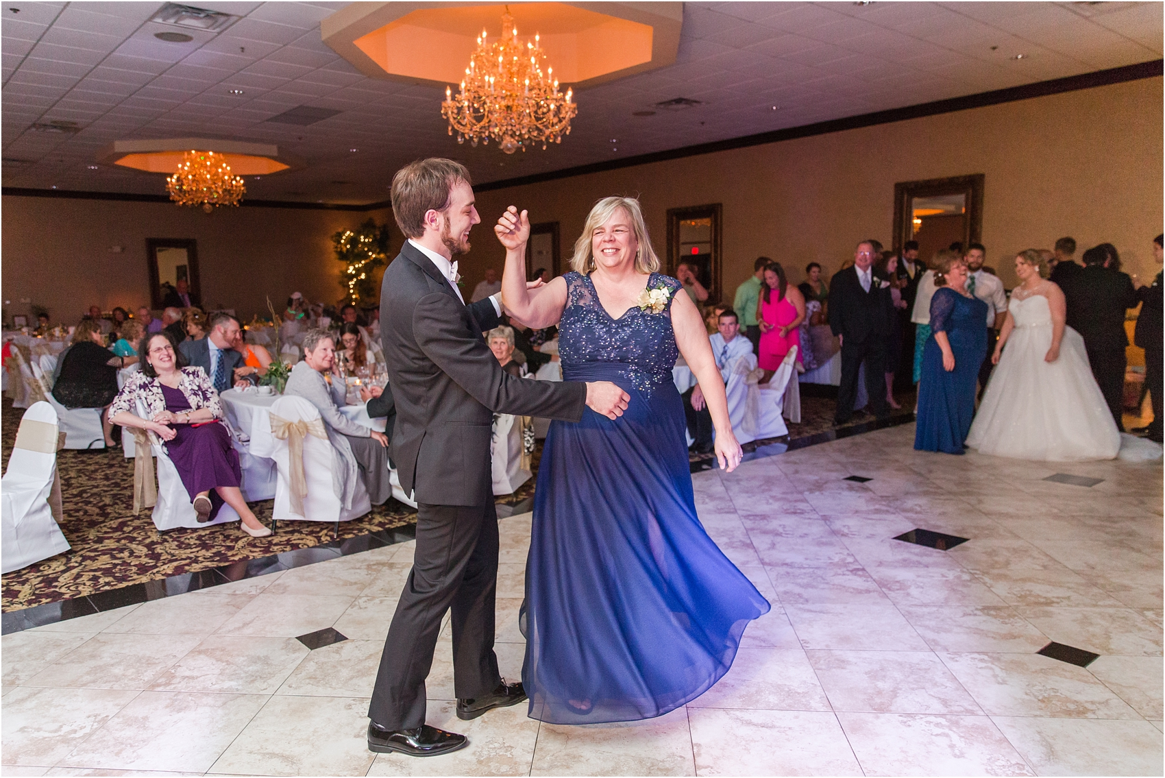 lord-of-the-rings-inspired-wedding-photos-at-crystal-gardens-in-howell-mi-by-courtney-carolyn-photography_0088.jpg