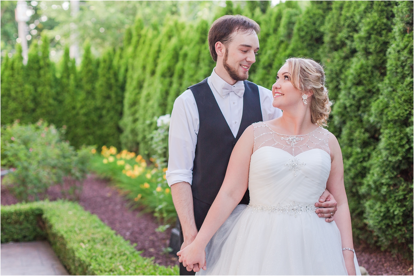 lord-of-the-rings-inspired-wedding-photos-at-crystal-gardens-in-howell-mi-by-courtney-carolyn-photography_0104.jpg