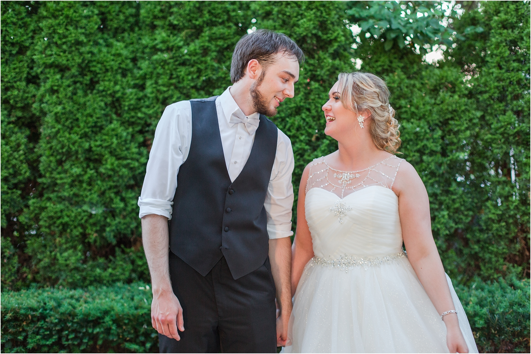 lord-of-the-rings-inspired-wedding-photos-at-crystal-gardens-in-howell-mi-by-courtney-carolyn-photography_0110.jpg