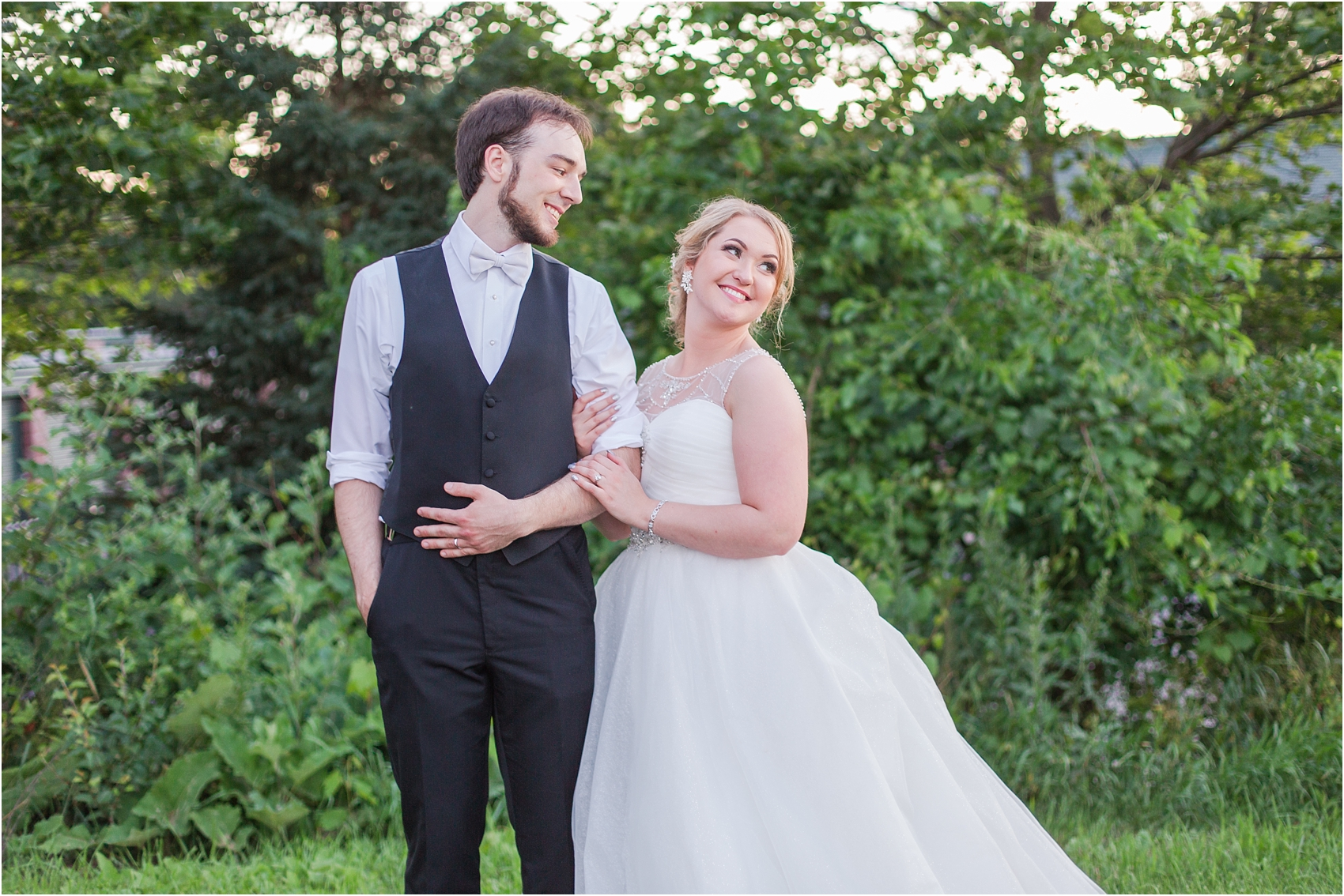 lord-of-the-rings-inspired-wedding-photos-at-crystal-gardens-in-howell-mi-by-courtney-carolyn-photography_0128.jpg