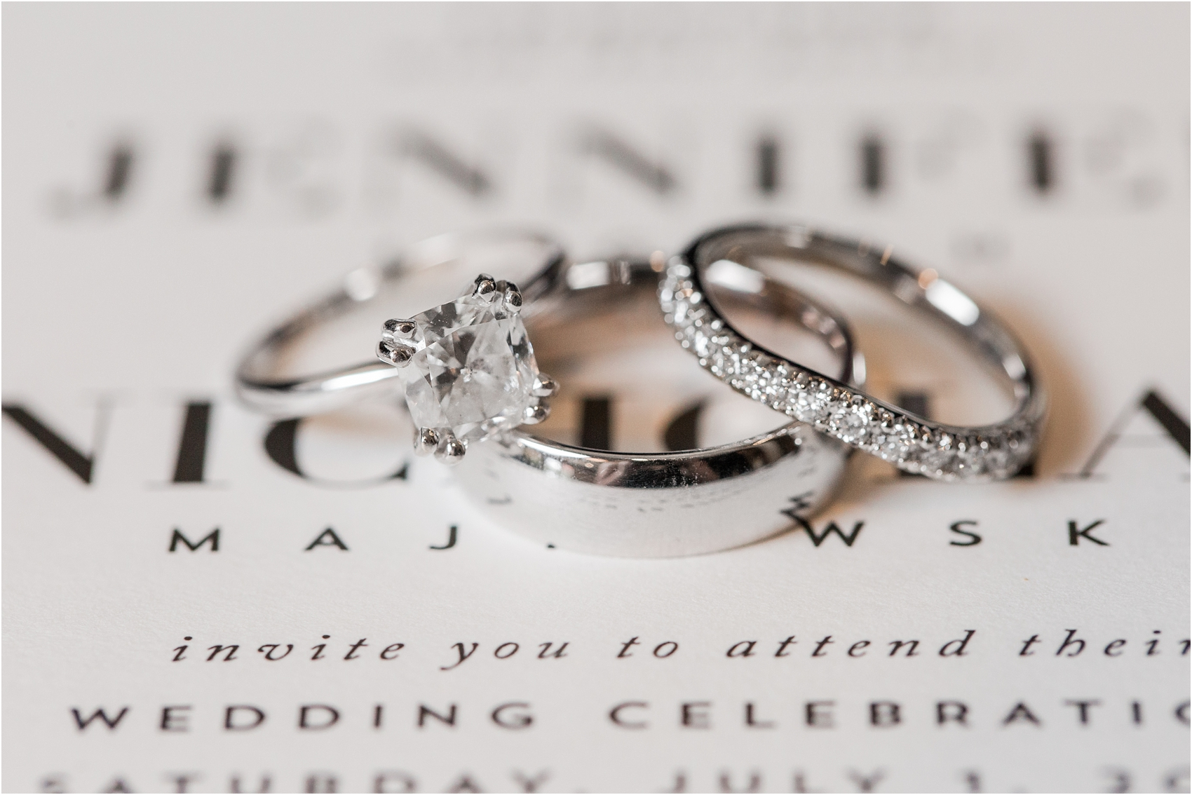classic-wedding-photos-at-great-oaks-country-club-in-rochester-hills-mi-by-courtney-carolyn-photography_0013.jpg