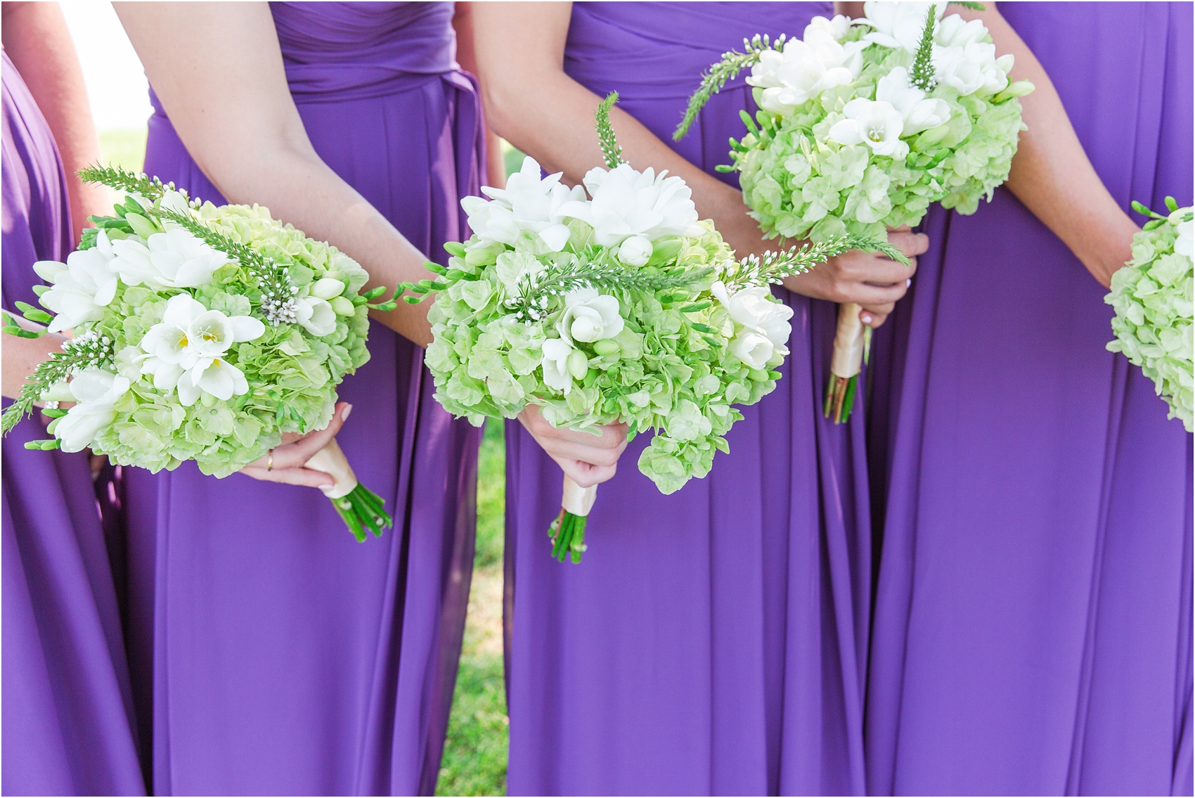 classic-wedding-photos-at-great-oaks-country-club-in-rochester-hills-mi-by-courtney-carolyn-photography_0038.jpg