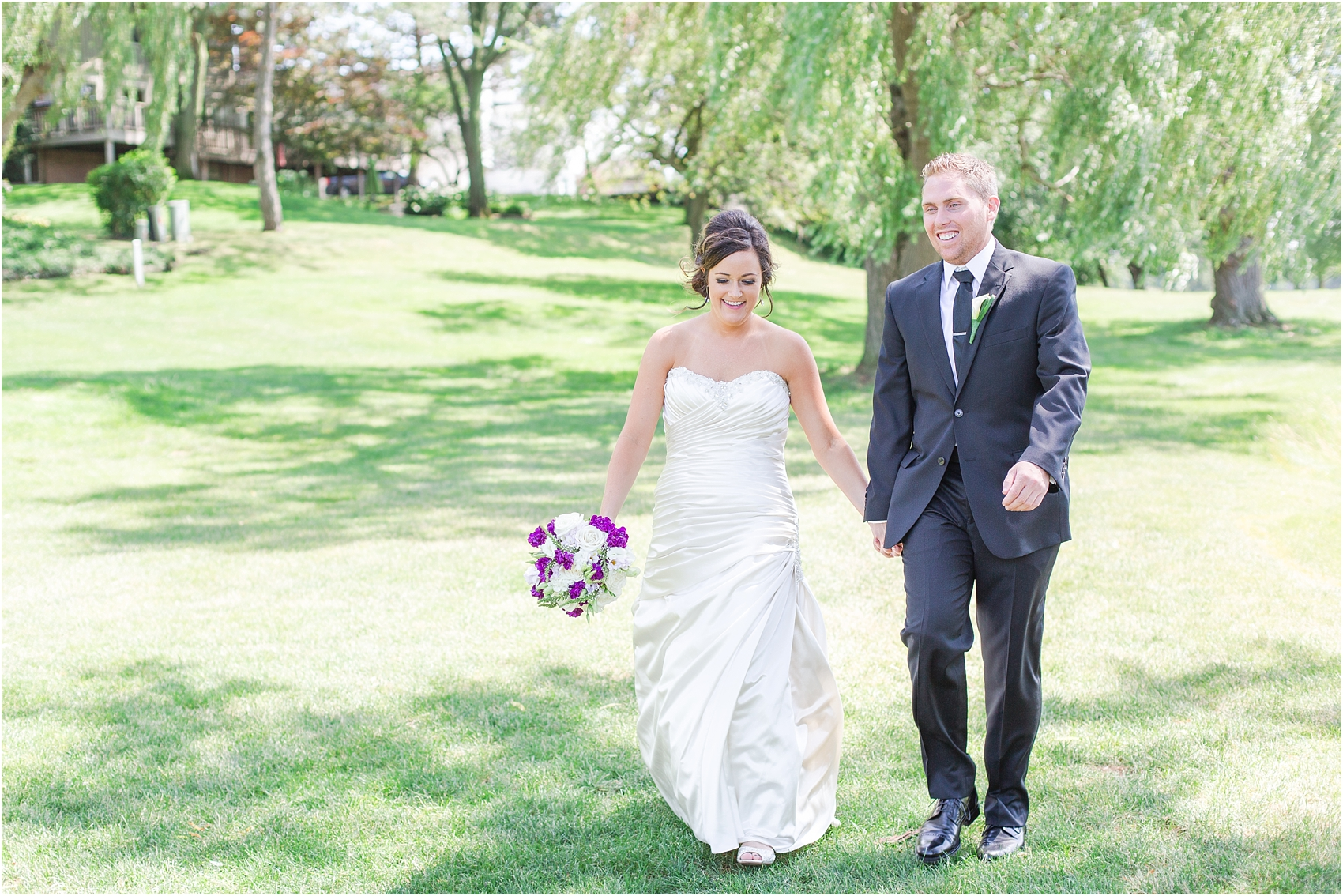 classic-wedding-photos-at-great-oaks-country-club-in-rochester-hills-mi-by-courtney-carolyn-photography_0041.jpg